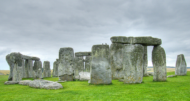Photograph of the circular stone structure in southwest England known as Stonehenge.