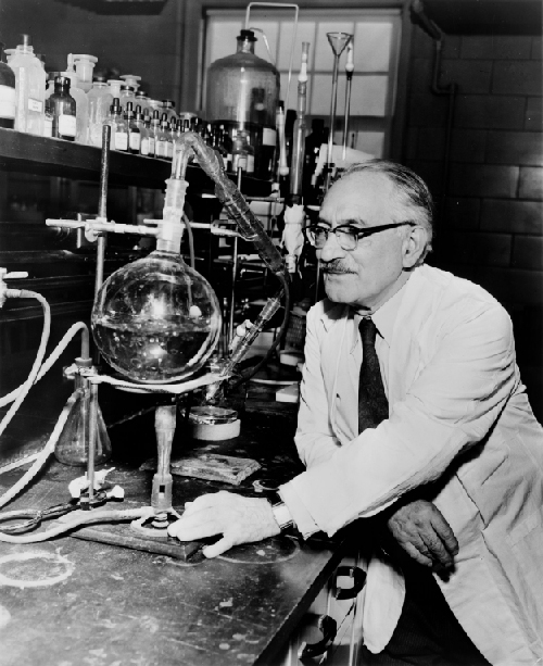 Photo of Selman Waksman in the lab.