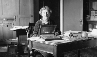 Photograph of Annie Jump Cannon.